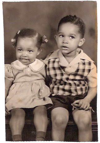 Canady with elder brother (and fellow Michigan alumnus) Judge Clinton Canady III (BBA '70, JD '73) when they were kids